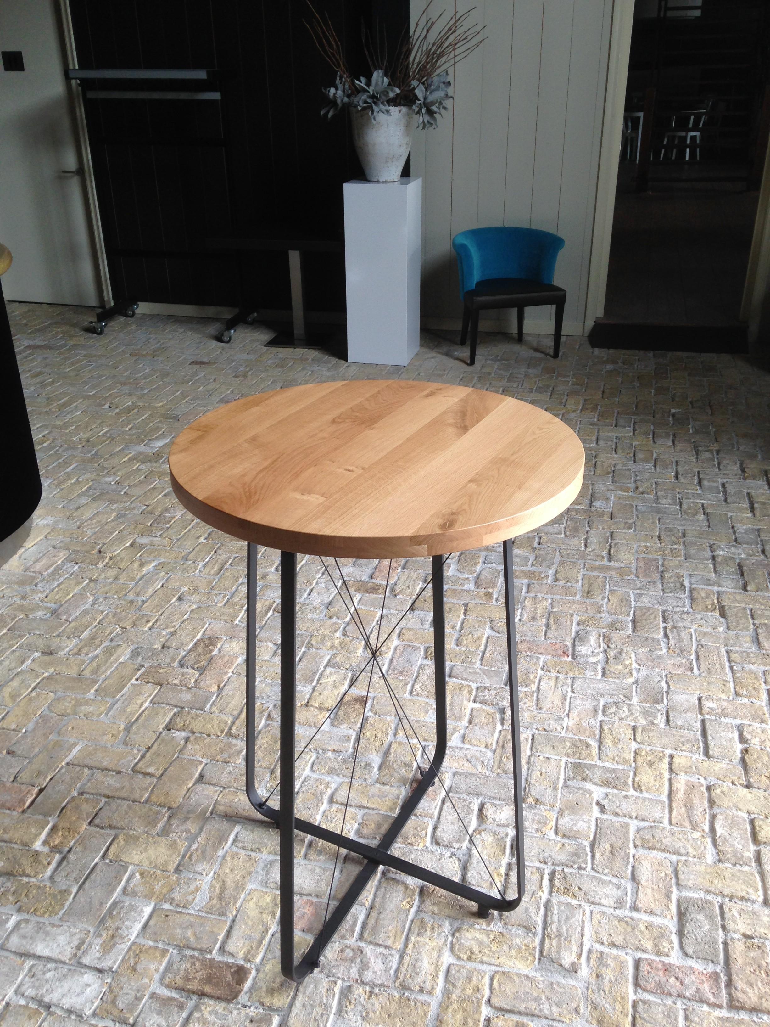 Gamgb.com   houten tafel stalen poten ~ design tafel voor uw huis ...