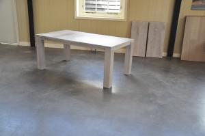 eiken tafel Stretch uitschuifbaar ingeschoven stand wit